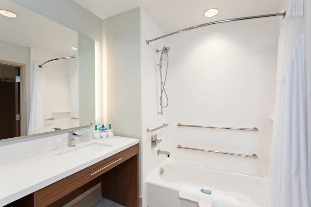 套房, 多張床, 無障礙, 非吸煙房 (Hearing) - 浴室