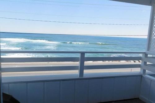 約克海灘衝浪俱樂部汽車旅館/