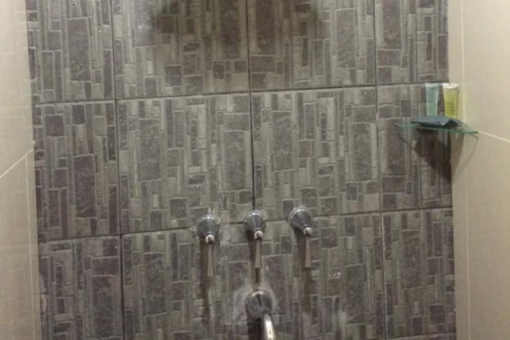 Superior Twin Room New Year Promo - Bathroom Shower