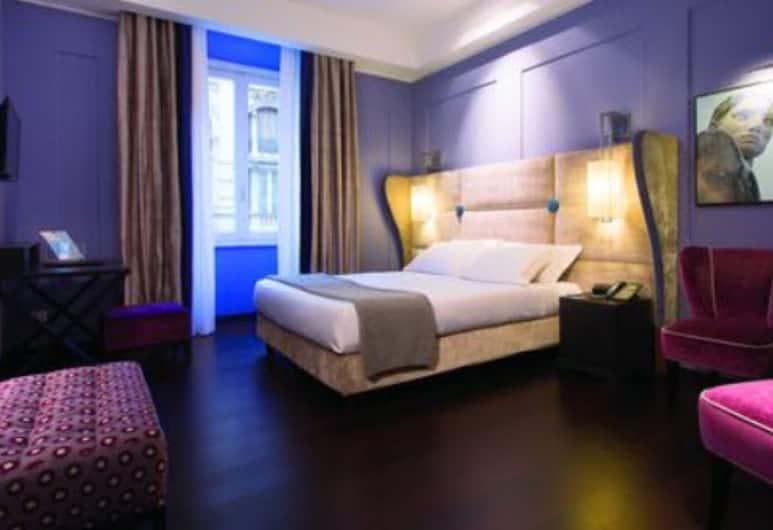 斯湯達奢華套房酒店, 羅馬