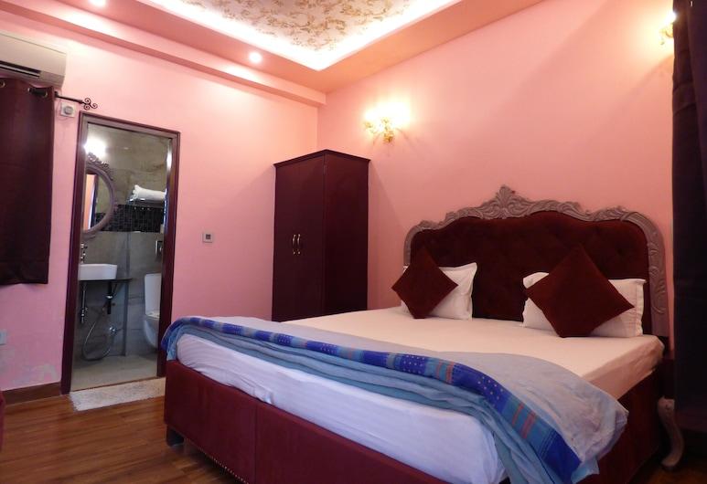 Maya Hotel & Restaurant, Agra, Deluxe Double Room, Guest Room