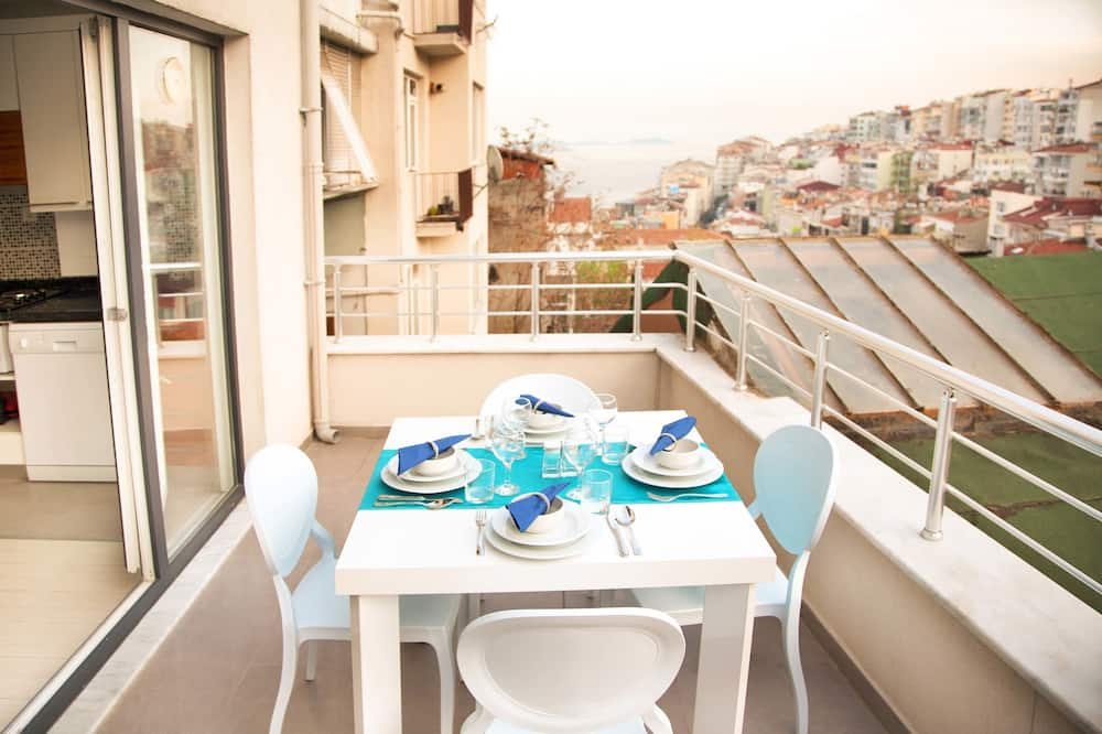 Premium Penthouse, 1 Bedroom, Sea View - Balcony