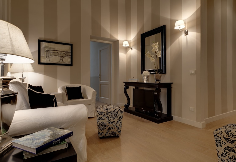 Palazzo Branchi, Florence, Apartment, 1 Bedroom, Living Area