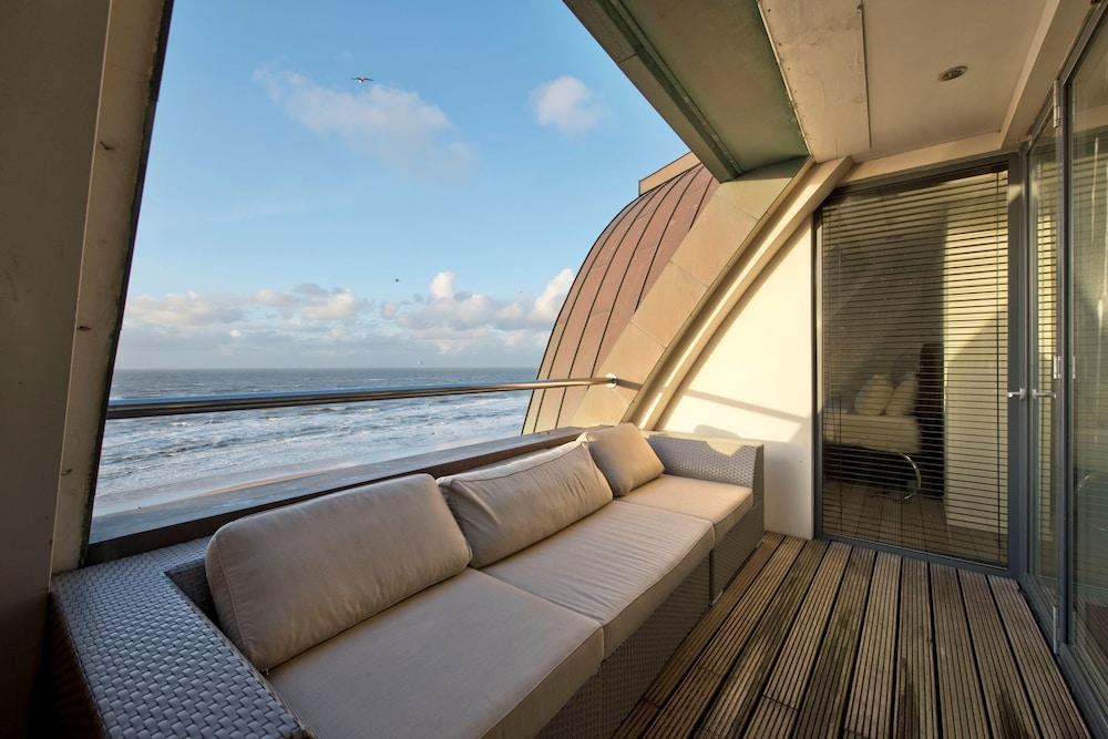 poort beach hotel apartments bloemendaal in zandvoort. Black Bedroom Furniture Sets. Home Design Ideas