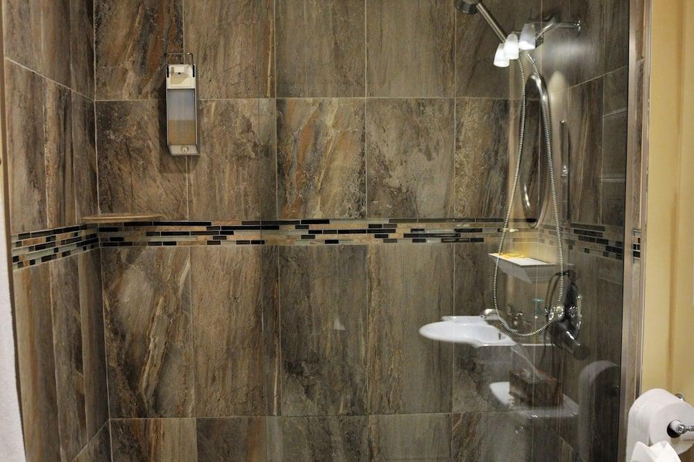 Pokoj typu Deluxe, dvojlůžko (200 cm), soukromá koupelna - Koupelna