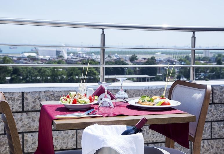 Marmara Place Old City Hotel, Istanbul, Terassi/patio