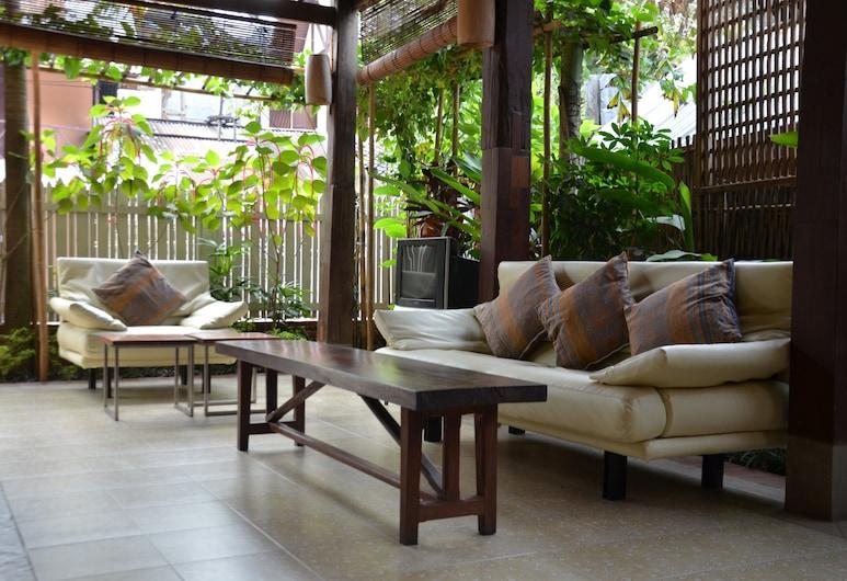 Sala Prabang Hotel, Luang Prabang, Sitteområde i lobbyen