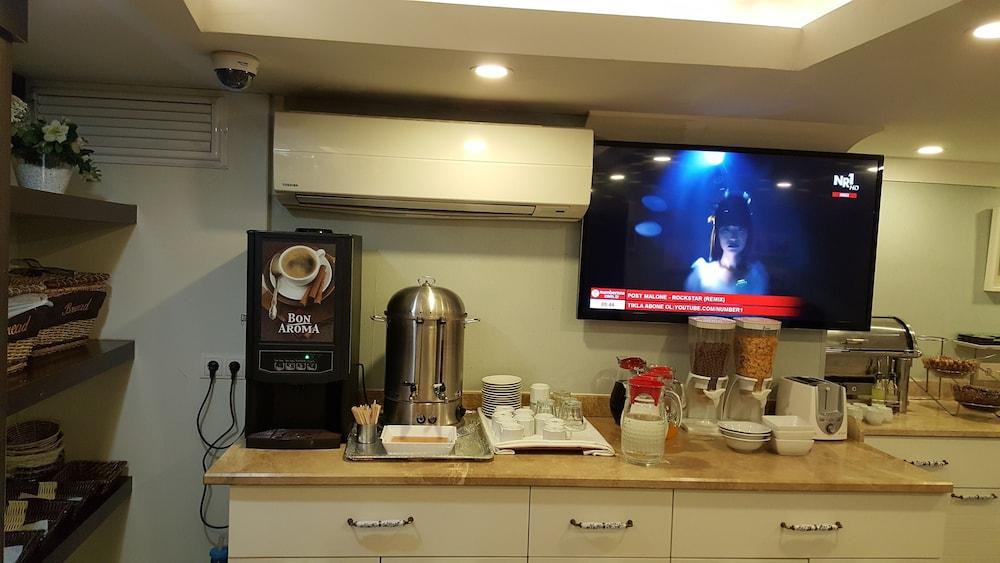 Mini Kühlschrank Rockstar : Just inn hotel in istanbul hotels.com