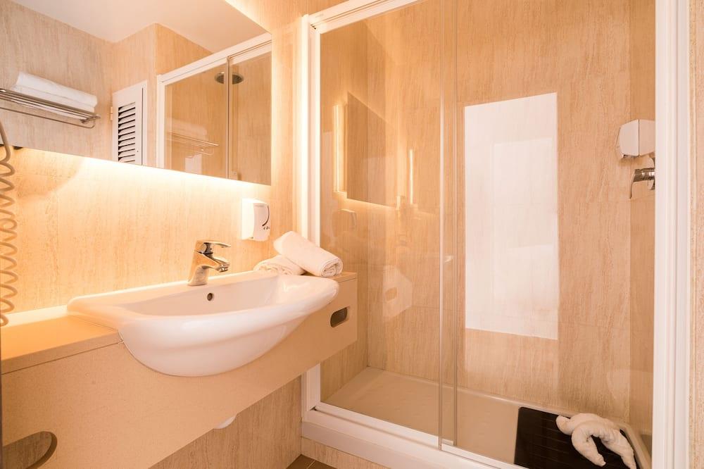 Lejlighed - 1 soveværelse - balkon - Badeværelse