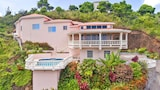 Choose this Villa in St. George's - Online Room Reservations