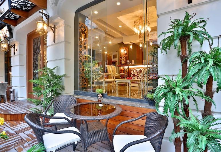アンセミス ホテル, イスタンブール, 屋外レストラン