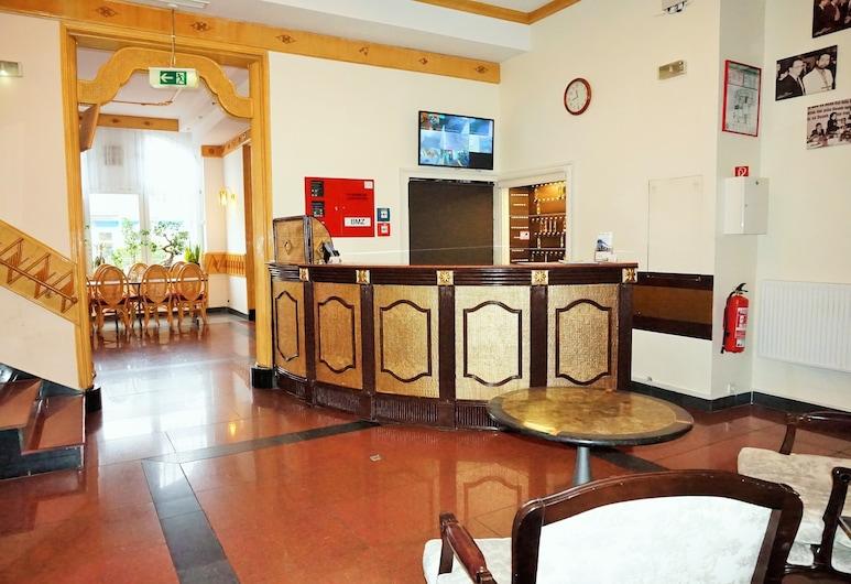 Hotel Karlshorst, Berlin, Lobby