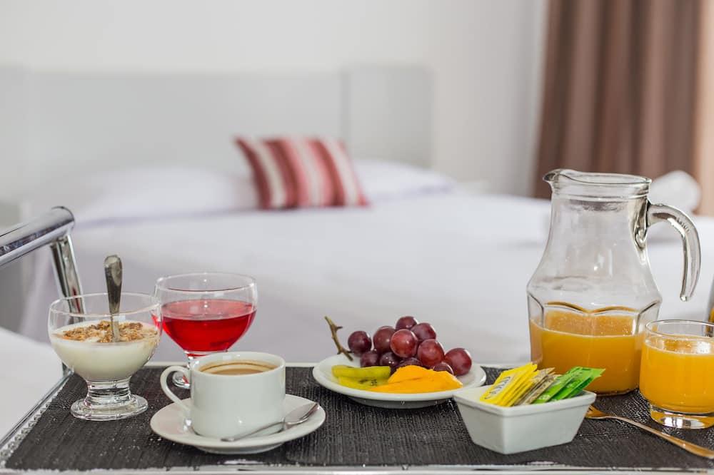 Standardna soba - Obroci u sobi