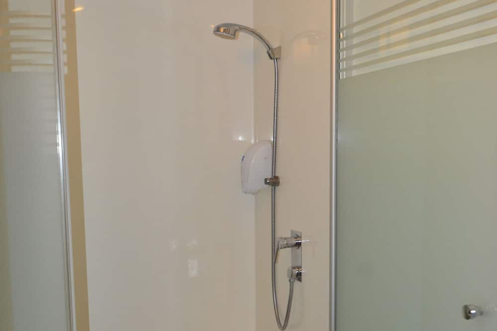 スタンダード ルーム シングルベッド 2 台 - バスルーム