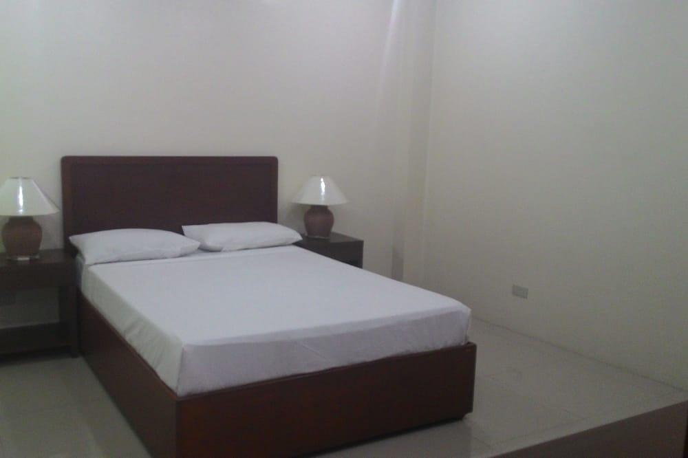 One Bedroom - Room