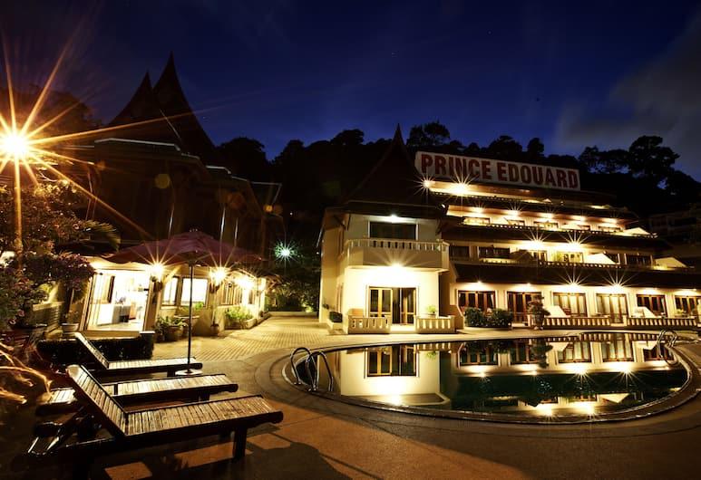 Prince Edouard Apartment & Resort, Patong, Hotel Front – Evening/Night