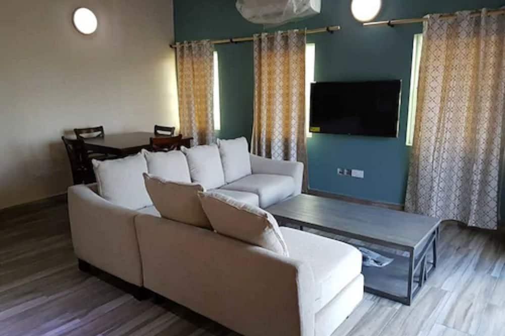 Classic apartman, 2 spavaće sobe, balkon, djelomičan pogled na ocean - Dnevni boravak