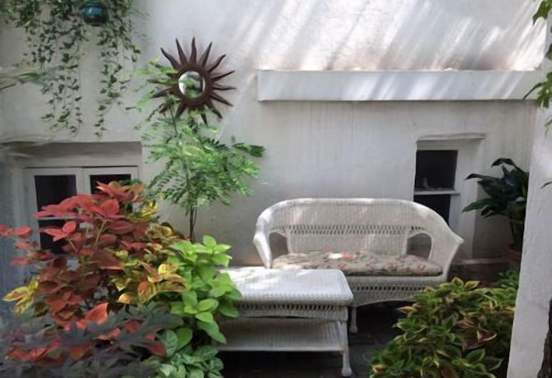 Incentra Village Hotel, New York, Studio Suite, 1 Katil Kelamin (Double), Kitchen, Courtyard Area, Teres/Laman Dalam