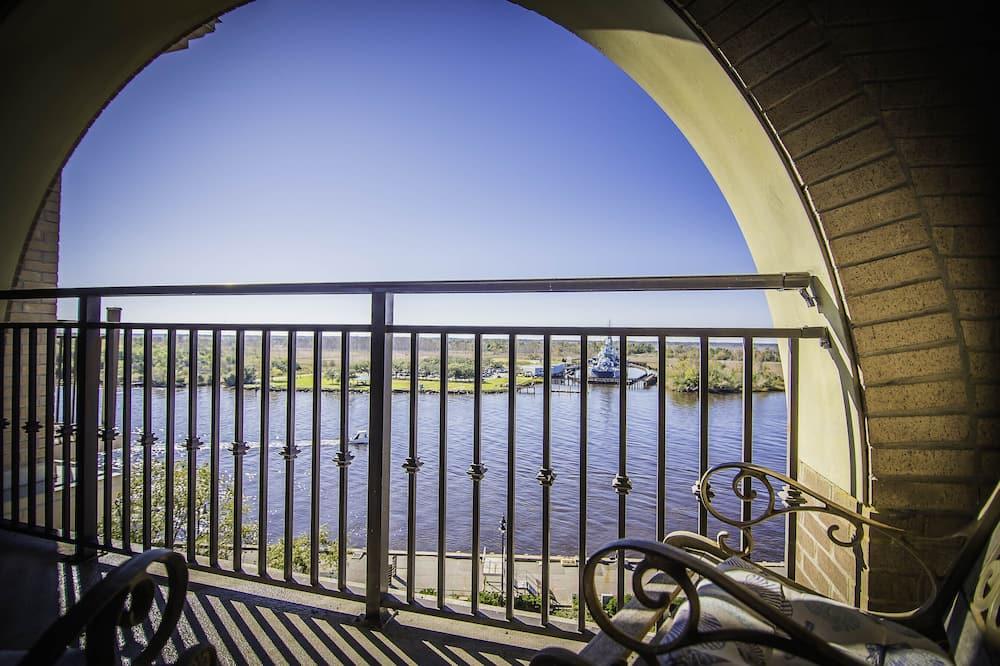 Condominio Prestigio, 1 habitación, cocina, vista al río - Balcón