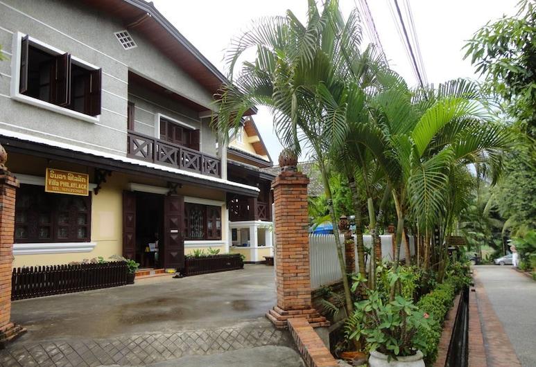 費雷拉克別墅, 龍坡邦, 入口