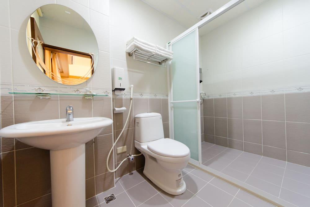 家庭日式六人房 - 浴室