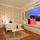 Double Room (104) - Children's Theme Room