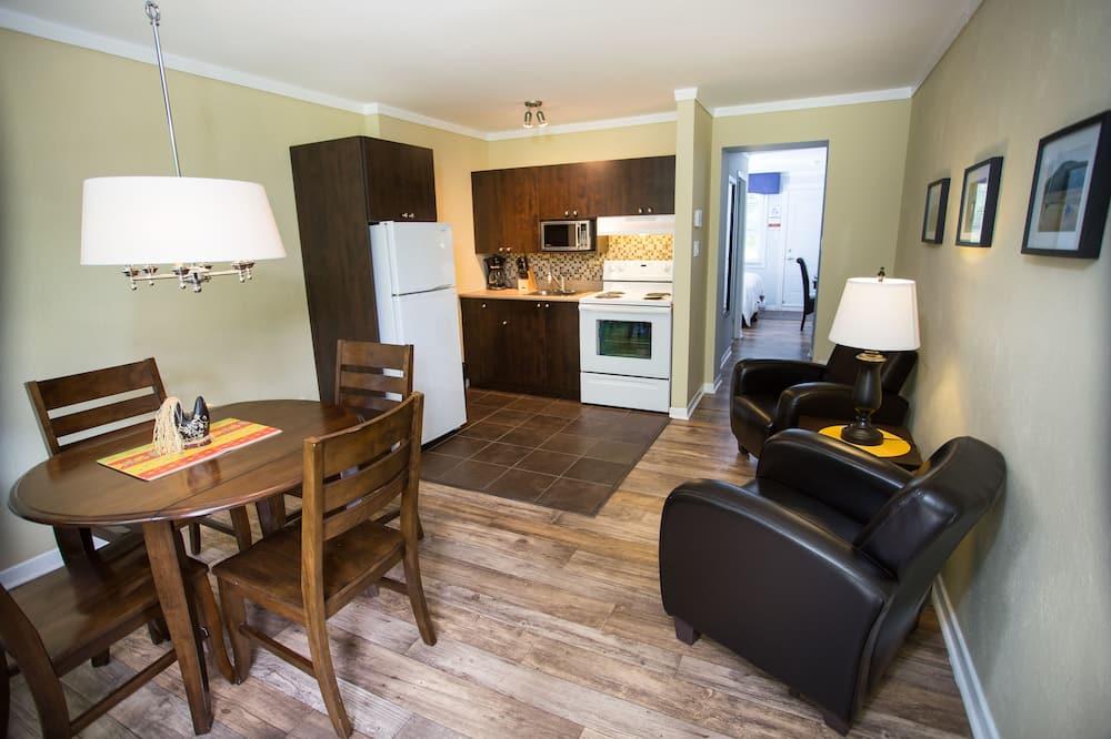 Obiteljski studio apartman, 2 bračna kreveta, kuhinja - Dnevni boravak