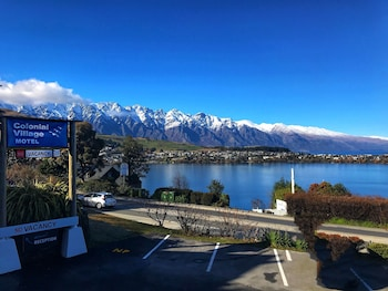 Picture of Colonial Village Motel in Queenstown