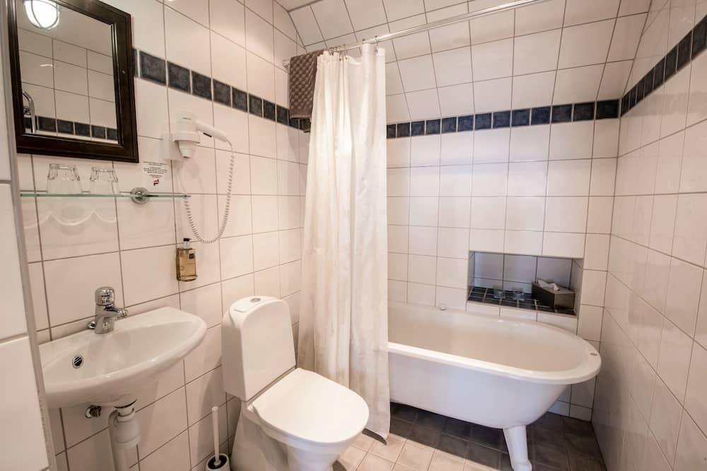 Junior Suite, Sea View - Bathroom
