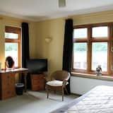 Номер «Superior» (1 двоспальне або 2 односпальних ліжка), суміжна ванна кімната (Kingfisher Room) - Житлова площа