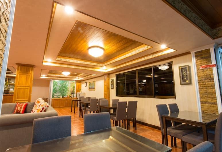 수린 선셋 호텔, Choeng Thale, 리셉션