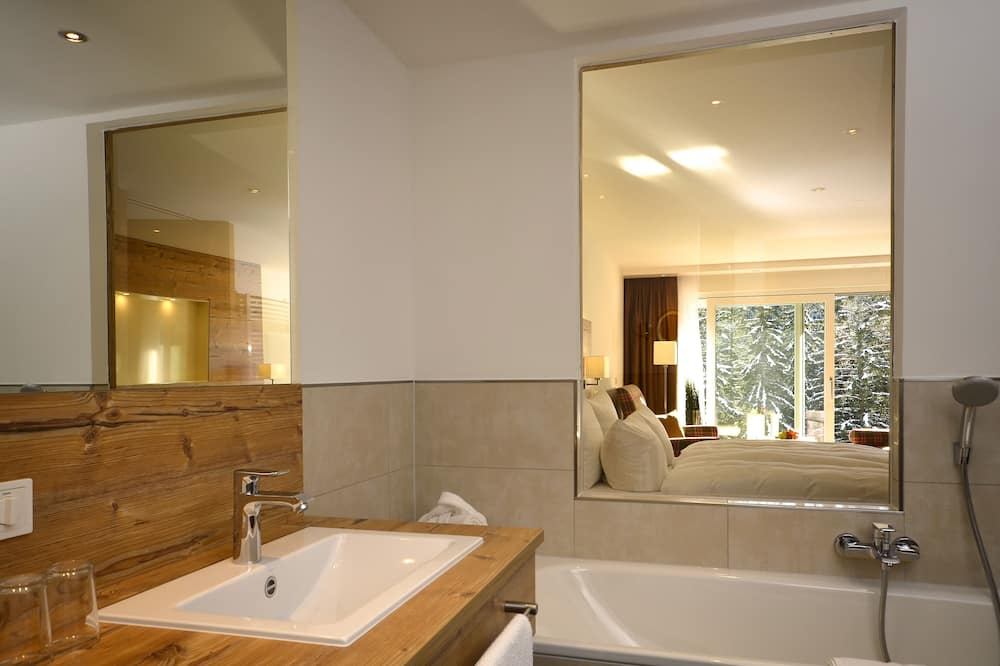Deluxe suite, 1 bračni krevet - Kupaonica