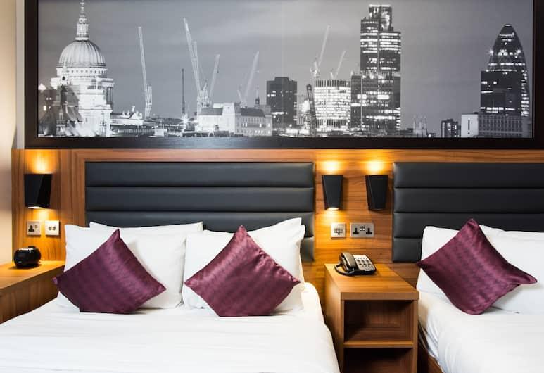 Brit Hotels Elephant Castle, London, Classic Quadruple Room, No Windows, Guest Room