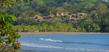 Picture of Nammbú Beachfront Bungalows in Carrillo