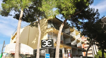 Picture of Apartamentos Kensington in Calvia
