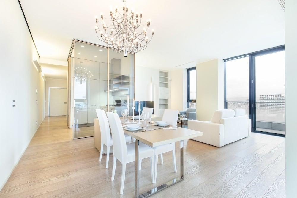 Apartment, 1 Bedroom (Solaria 7C Via della Liberazione 15) - In-Room Dining