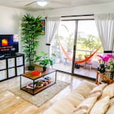 Family Apartment, 2 Bedrooms, Lagoon View, Lakeside - Living Area