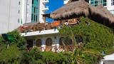 Choose This 2 Star Hotel In Cancun