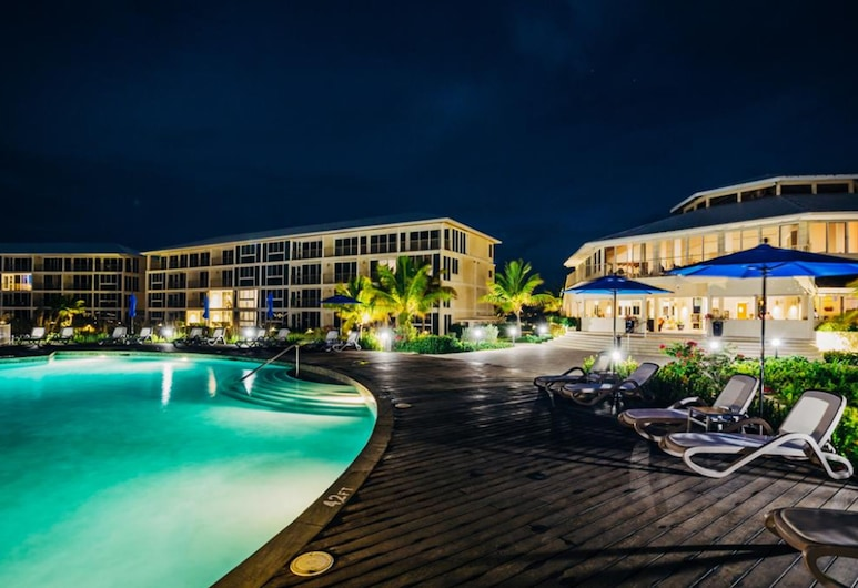 East Bay Resort - All Beachfront Suites - Island hop required, Cockburn Harbour
