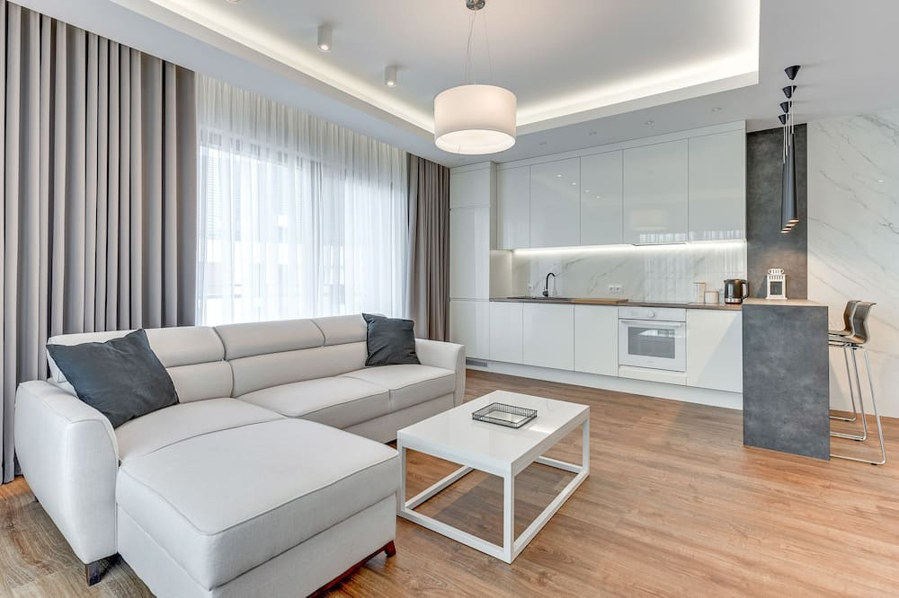 Superior Apartment, 1 Bedroom, Balcony, River View ((4 Adults) 32.2) - Living Room