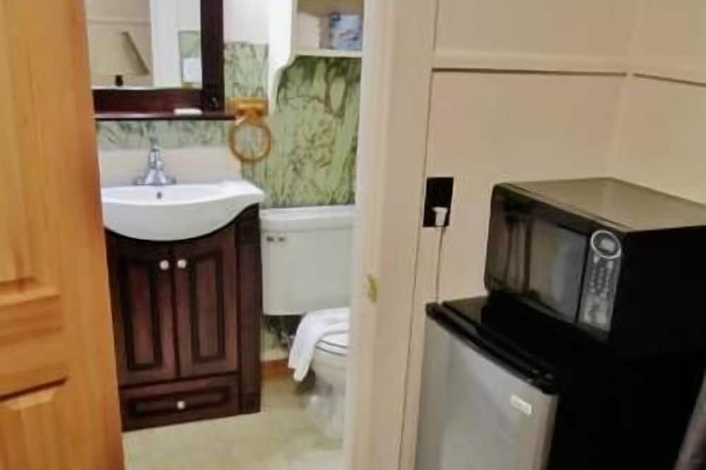 Camera Classic, 1 letto queen, frigorifero e microonde - Mini frigorifero