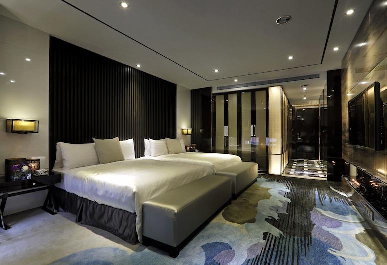 Puli Ease Hotel, Puli, Deluxe Quadruple Room, Guest Room