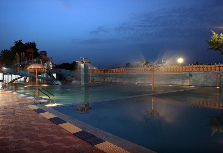 Aapno Ghar Resort, Гургаон, Аквапарк