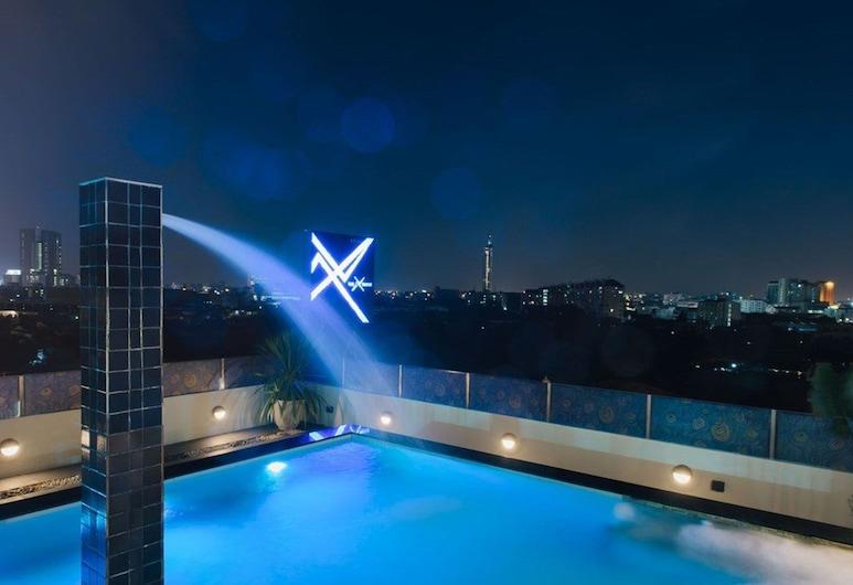 The Xtreme Suites, Bangkok, Vonkajší bazén