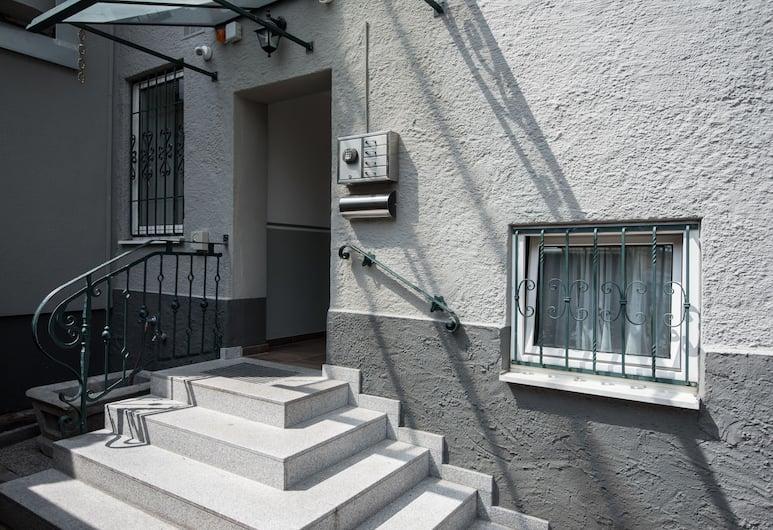 B&B Hotel Junior, Salisburgo, Ingresso interno