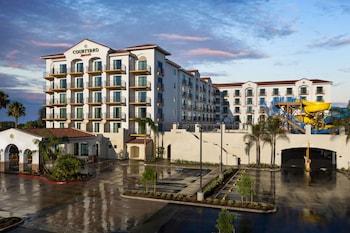 15 Closest Hotels To Disney California Adventure Park In Anaheim