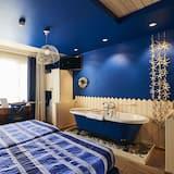 Kambarys (1 dvigulė / 2 viengulės lovos), vonia - Svečių kambarys