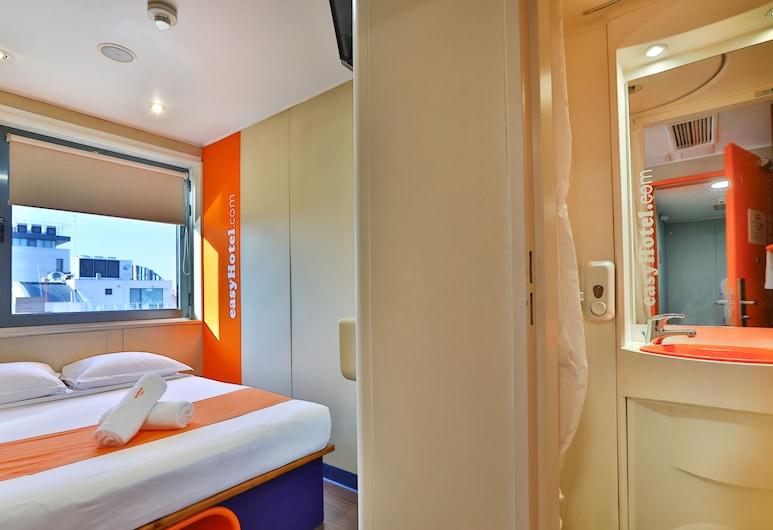 easyHotel Sofia, Sofia, Small Room Free TV, Guest Room