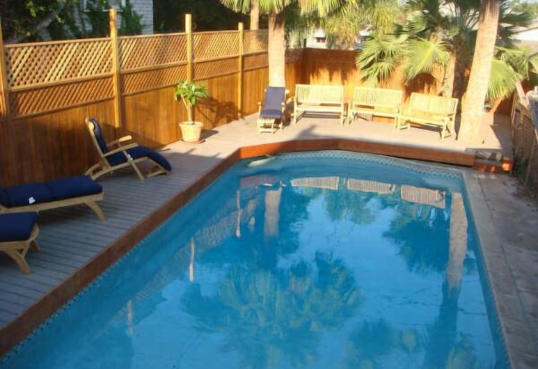 Carole's Bed & Breakfast, San Diego, Outdoor Pool