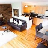Huoneisto, 2 makuuhuonetta (Uptown 2BSS) - Olohuone